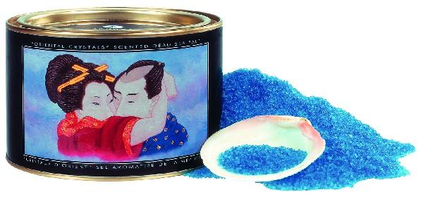 Love is all by Cloé à Aix-en-Provence, vous propose une large gamme de cosmétiques , huiles de massage ou produits aphrodisiaques !